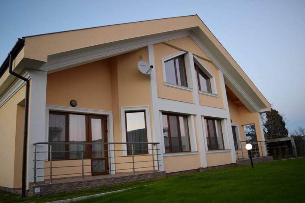 Къщи за гости, Вили и Апартаменти - Къща за гости ЧИЧО ТОМОВАТА КОЛИБА